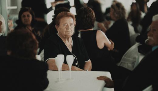 ご遺族に支給する死亡退職金。「退職所得の源泉徴収票」は発行しない